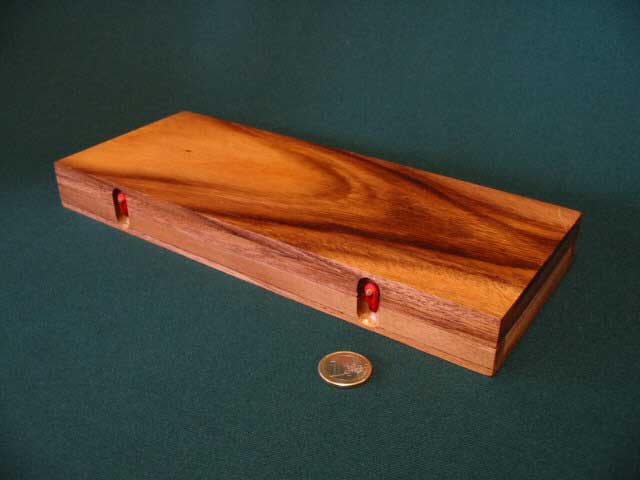 Shut the box closed